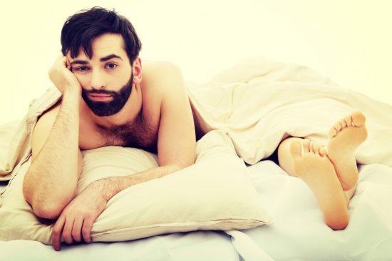 erecție masculină întârziată