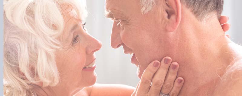 erecție la bărbați la 55 de ani